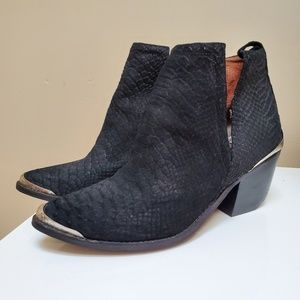 Cromwell black suede snake ankle western boots 10